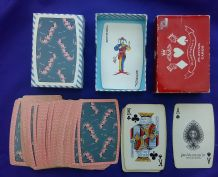 collectable playing cards Pink Elephants by Waddingtons, barrel-shaped deck